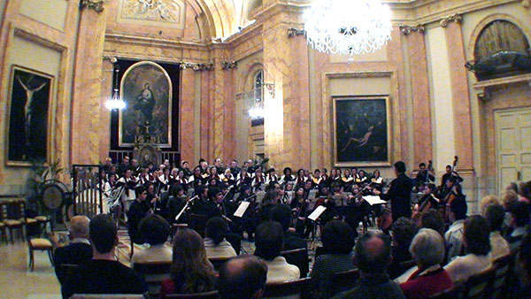 fotos/conciertos/20081213/capilla_real_pardo_03.jpg