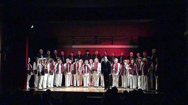 fotos/conciertos/20081221/centro_cultural_carabanchel_03.jpg