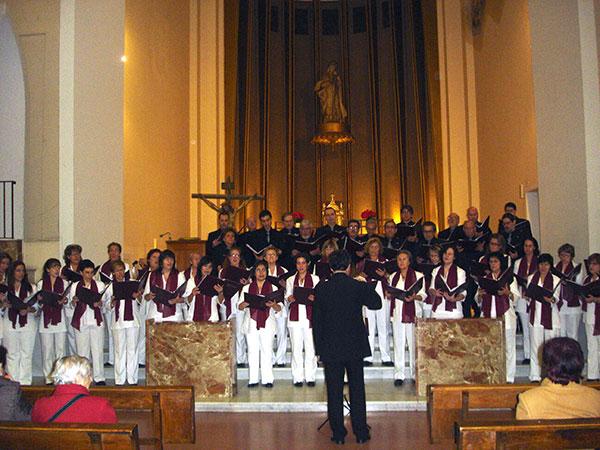 fotos/conciertos/20101211/parroquia_beata_maria_madrid_3.jpg